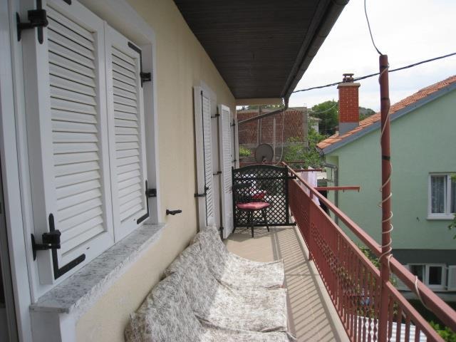 Appartment for 4 (+2) in croatian coast
